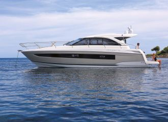 LOCATION YACHT LEADER 46