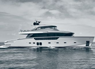 LOCATION YACHT SANLORENZO SX88