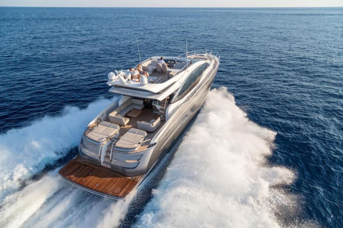 https://www.talamare.fr/medias/LOCATION YACHT PRINCESS S78