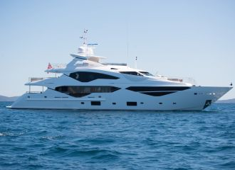 LOCATION YACHT SUNSEEKER 131