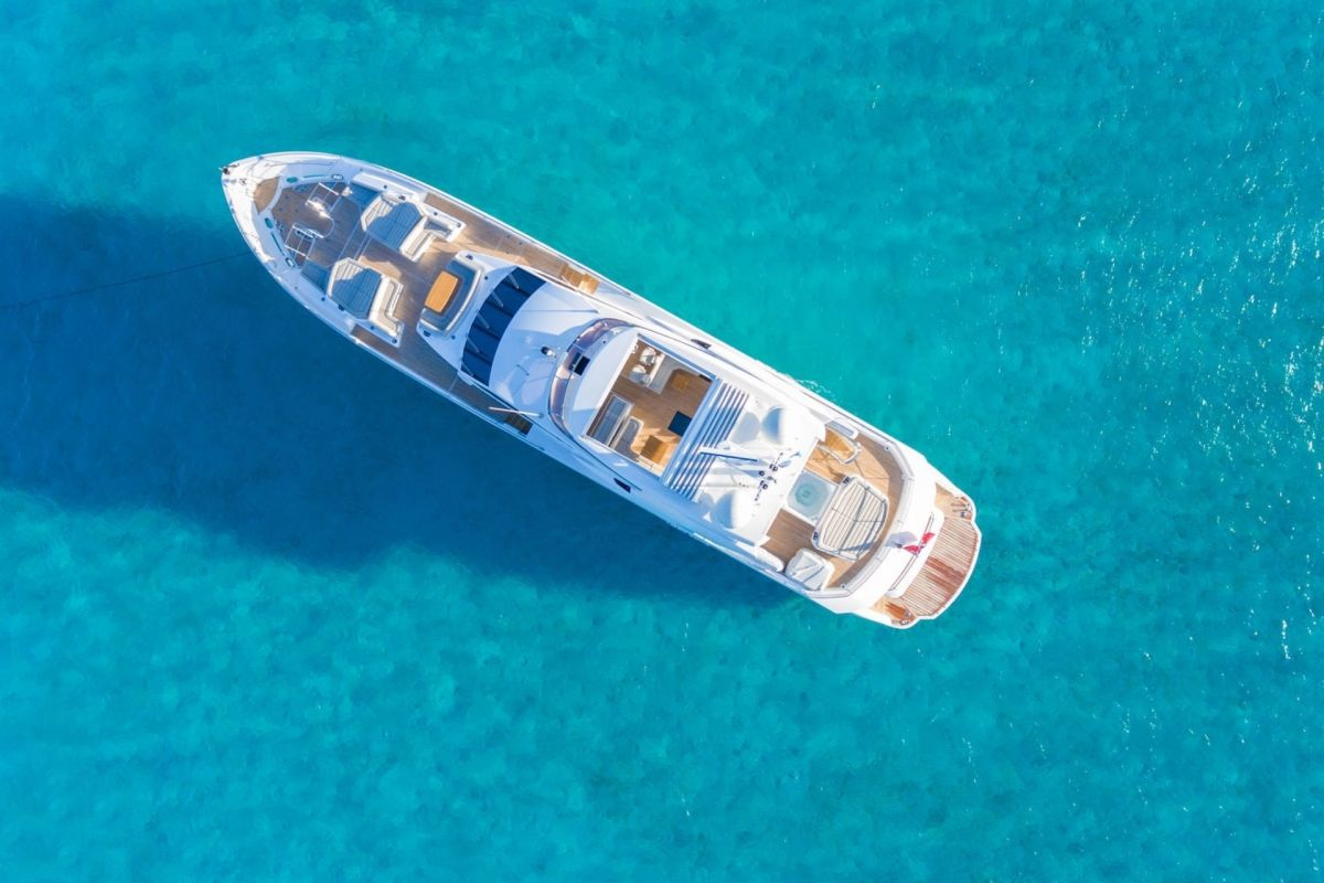 https://www.talamare.fr/medias/LOCATION YACHT SUNSEEKER  116