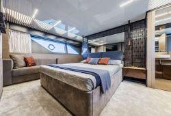 Ferretti 780 - cabine armateur