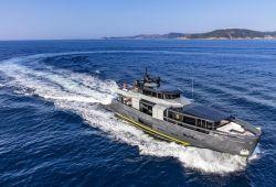 Location yacht Arcadia 105 dans le sud de la France - en navigation