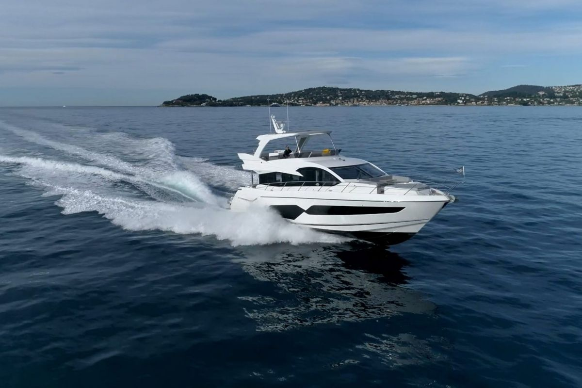 https://www.talamare.fr/medias/SUNSEEKER MANHATTAN 66