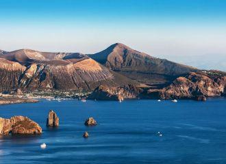 Location de yacht en Sicile, louer un yacht dans les îles éoliennes