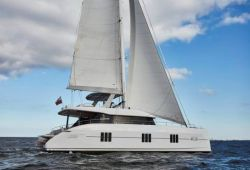 Location catamaran Sunreef 60 en Corse - en croisière