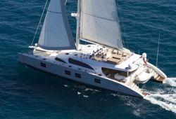 Location catamaran Sunreef 102 en Corse - en croisière