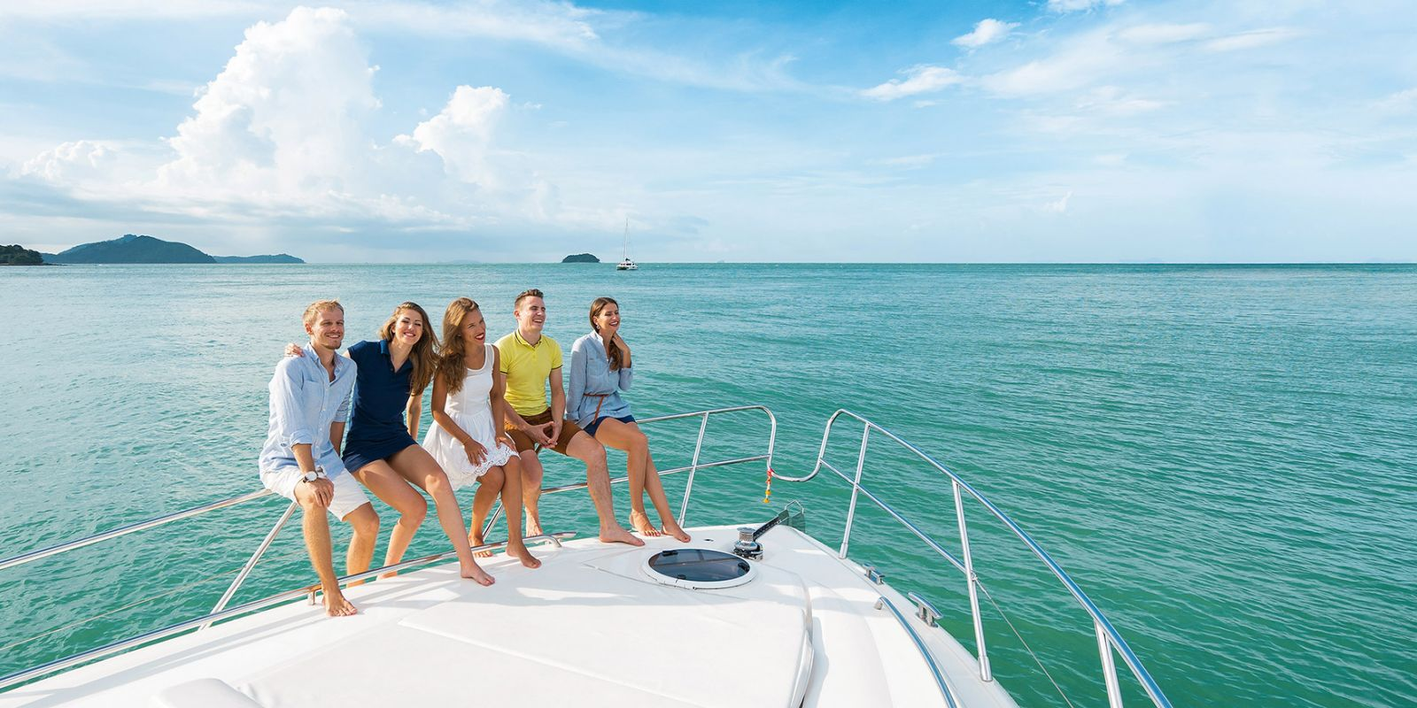 https://www.talamare.fr/medias/Yacht charter with a large group