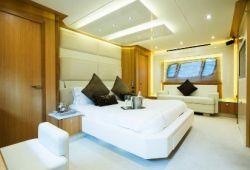 Sunseeker Predator 84 - cabine armateur