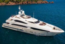 Location yacht Sunseeker 37m dans le sud de la France - en croisière