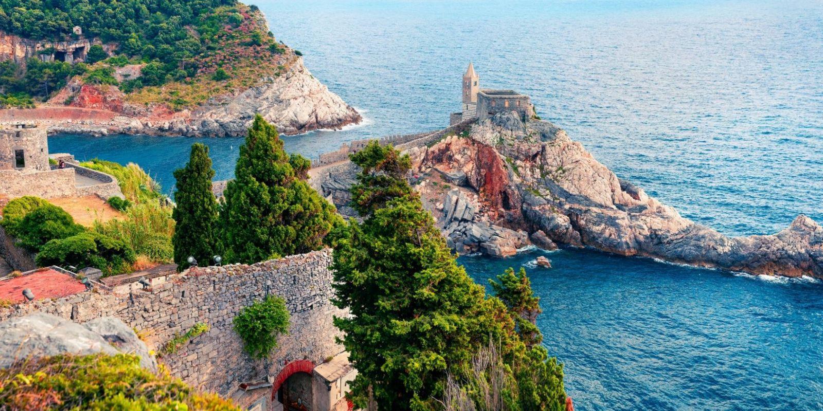 https://www.talamare.fr/medias/Location yacht Côte d'Azur Riviera italienne, louer un yacht dans le sud de la France et sur la Riviera italienne