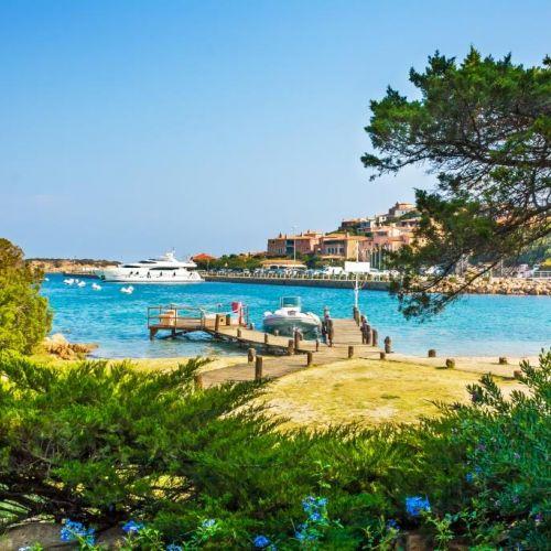 Aperçu du port de Porto Cervo en Sardaigne