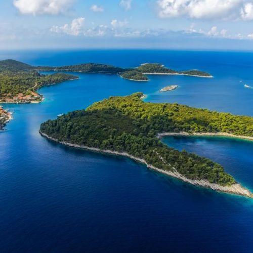 Vue aérienne du parc national de Mljet en Croatie