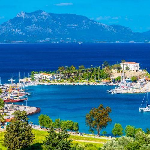 Le magnifique mouillage de Keci Buku idéal pour une location de yacht en Turquie