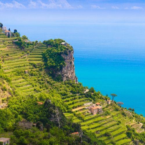 Vues du sentier des dieux sur la Côte Amalfitaine