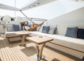 https://www.talamare.fr/medias/FLYBRIDGE