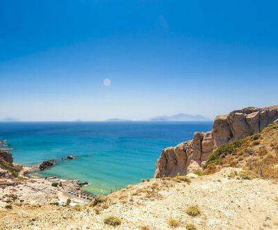 Vue de Paradise Beach sur l'île de Kos lors d'une location de yacht en Grèce dans le Dodécanèse