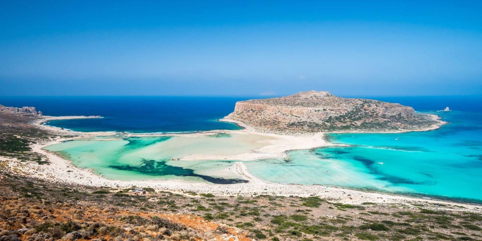 https://www.talamare.fr/medias/La baie de Balos et son lagon turquoise sur l'île de Crète lors d'une location de yacht en Grèce