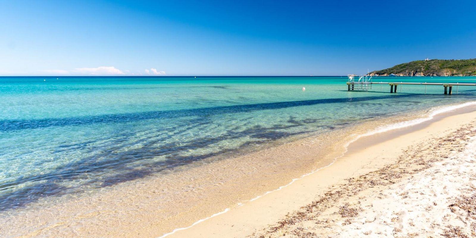 Location yacht Saint-Tropez Ramatuelle plage de Pampelonne, louer un yacht à Saint-Tropez
