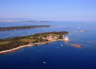 Location yacht Cannes Iles de Lérins, louer un yacht à Cannes