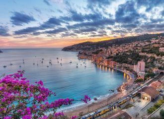 Location yacht sud de la France, louer un yacht sur la Côte d'Azur