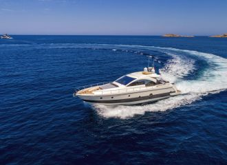 LOCATION YACHT AICON 62SL