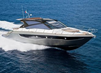 LOCATION YACHT CRANCHI 60 ST