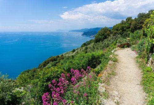 Le sentier côtier est idéal pour les randonnées dans les Cinque Terre