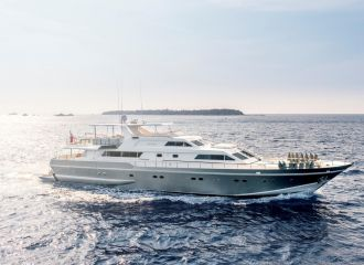 LOCATION YACHT ALALUNGA 33M