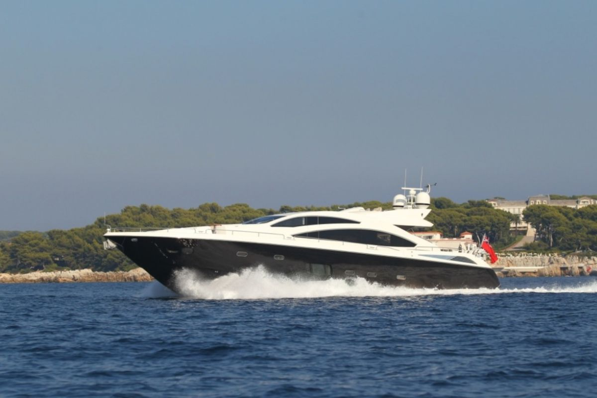 https://www.talamare.fr/medias/LOCATION SUNSEEKER PREDATOR 84