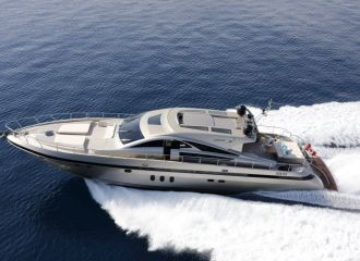 LOCATION YACHT JAGUAR 80