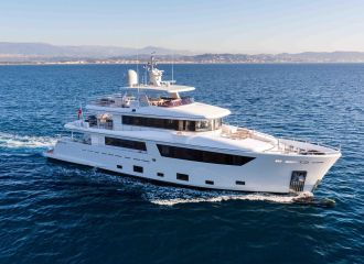 YACHT 33M CANTIERE DELL MARCHE